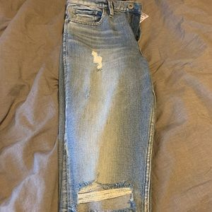 Silver mom jeans size 28!
